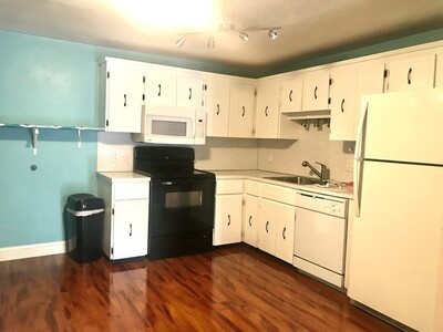Main Photo: 305 Riverside Ave Unit 23, Medford, MA 02155