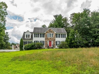 Main Photo: 4 Charles Pl, Pepperell, MA 01463
