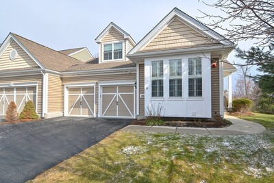 Main Photo: 235 Sand Trap Ct Unit 235, Northbridge, MA 01534