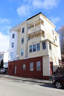 Main Photo: 37 Rodney St, Worcester, MA 01605