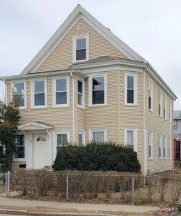 Main Photo: 14 Eustis St, Quincy, MA 02170