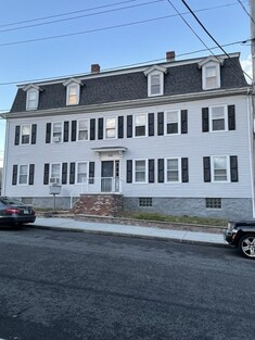 Main Photo: 476 Bank St, Fall River, MA 02720