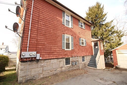 36 French St, Fall River, MA 02720 - Photo 2