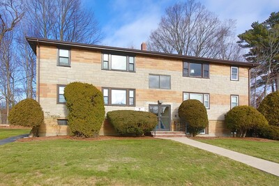 Main Photo: 7 Nelson Dr Unit 5, Randolph, MA 02368