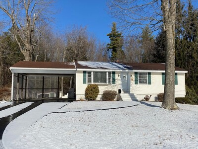 Main Photo: 8 Anthony Dr, Rutland, MA 01543