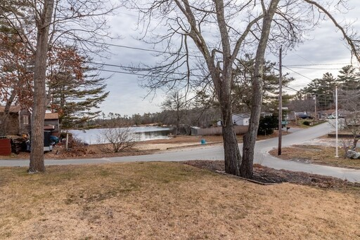 52 Crystal Lake Dr, Carver, MA 02330 - Photo 3