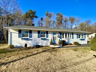 Main Photo: 72 Josh Gray Rd, Rockland, MA 02370