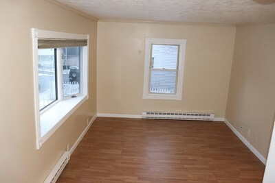 33 Orient St, Worcester, MA 01604 - Photo 1