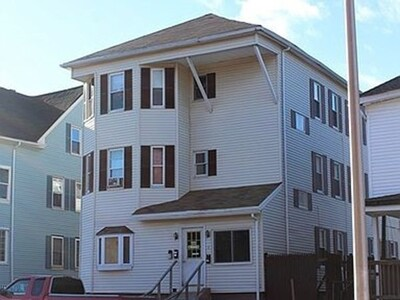 2 Chapin St, Worcester, MA 01604 - Photo 1
