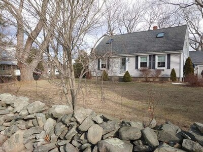Main Photo: 419 Maple Ave, Swansea, MA 02777