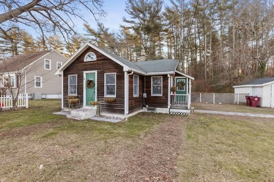 Main Photo: 24 Fairview St, Middleboro, MA 02346