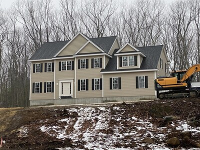 Main Photo: 95 West Berlin St, Bolton, MA 01740