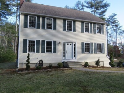 Main Photo: 123 Russell Mills Rd, Plymouth, MA 02360