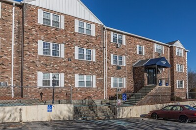 Main Photo: 740 Central Street Unit 7-23, Leominster, MA 01453