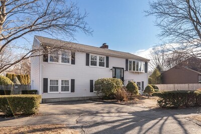 Main Photo: 49 Riverside Drive, Reading, MA 01867