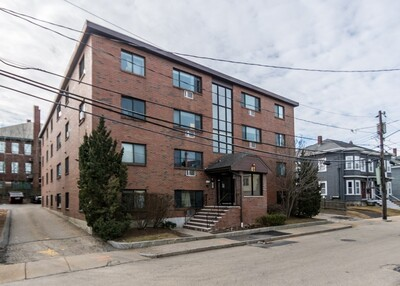 Main Photo: 41 Walnut Street Unit 3, Waltham, MA 02453