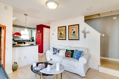 Main Photo: 19 Dalrymple St Unit D, Jamaica Plain, MA 02130
