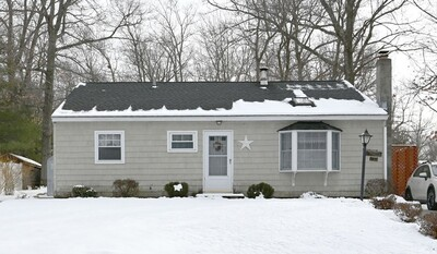 Main Photo: 35 Colonial Dr, Holden, MA 01520