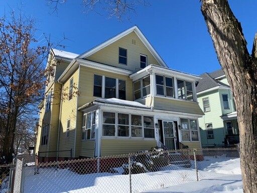 128 Massachusetts Ave, Springfield, MA 01109 - Photo 1