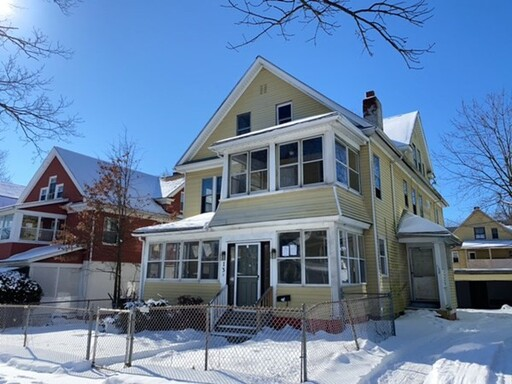 128 Massachusetts Ave, Springfield, MA 01109 - Photo 2