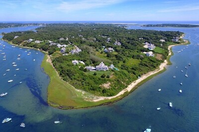 Main Photo: 300 Stage Neck Rd, Chatham, MA 02633