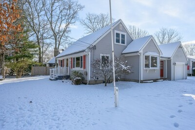 Main Photo: 109 Maravista Ave, Falmouth, MA 02536