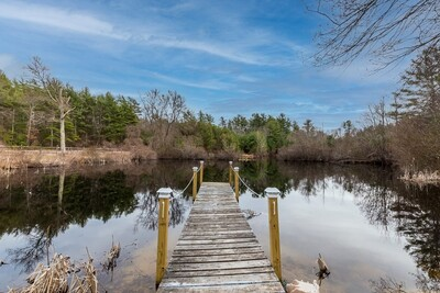 Main Photo: 43 Pickens St, Lakeville, MA 02347