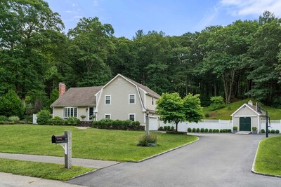 Main Photo: 33 Lands End Ln, Sudbury, MA 01776