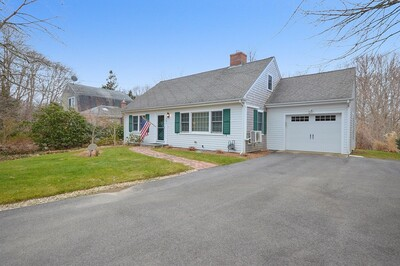 Main Photo: 351 Woods Hole Rd, Falmouth, MA 02540