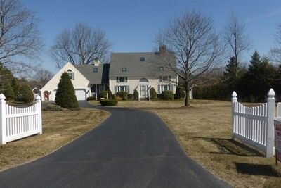 Main Photo: 97 Tuttle Rd, Sterling, MA 01564