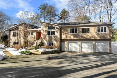 Main Photo: 15 Woodholm Rd, Manchester, MA 01944