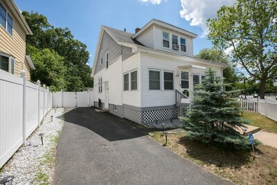219 Saint James Blvd, Springfield, MA 01104 - Photo 1