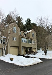Main Photo: 25 Thayer Pond Dr Unit 2, Oxford, MA 01537