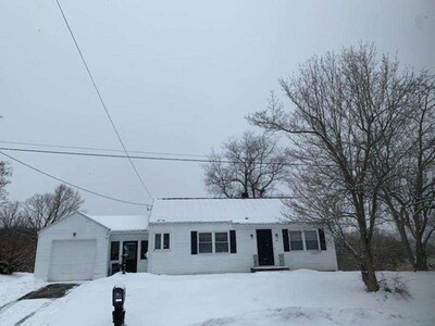 91 Laclede Ave, Chicopee, MA 01020 - Photo 1
