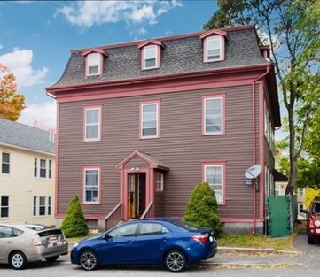 Main Photo: 8 Cottage St, Worcester, MA 01609