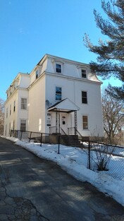 Main Photo: 10 King St, Worcester, MA 01610
