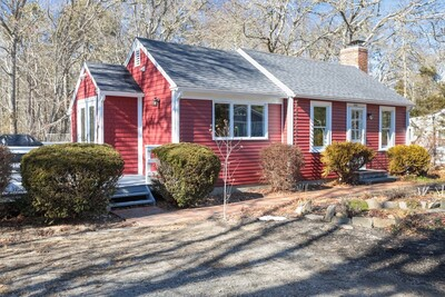 Main Photo: 600 Quaker Road, Falmouth, MA 02556