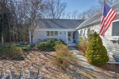 Main Photo: 35 Lochstead Drive, Falmouth, MA 03536