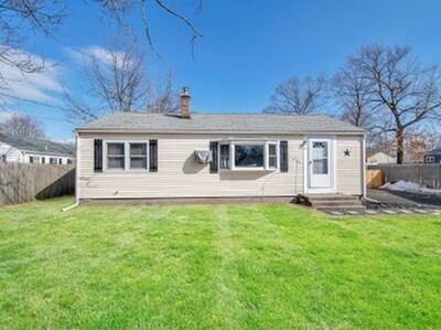 Main Photo: 23 Pembroke Pl, Chicopee, MA 01020