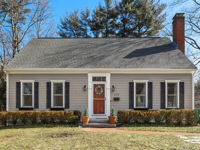 Main Photo: 176 Center St, Easton, MA 02356