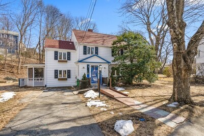 Main Photo: 10 Marchant Rd, Winchester, MA 01890