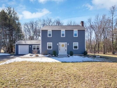 Main Photo: 8 Stirling Dr, Wilbraham, MA 01095