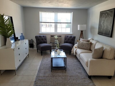 Main Photo: 5 Colonial Village Dr Unit 2, Arlington, MA 02474