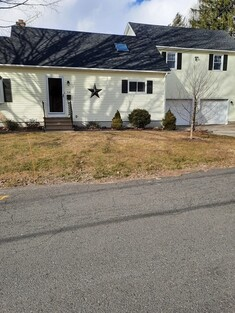 Main Photo: 64 Maplewood Ave, Chicopee, MA 01013