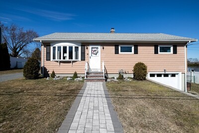 Main Photo: 38 Clearview Ave, Somerset, MA 02726