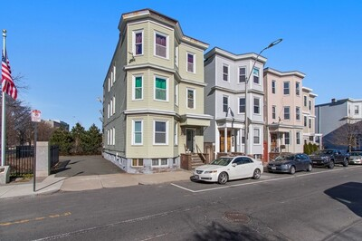 Main Photo: 276 Maverick St, East Boston, MA 02128