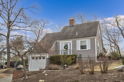 Main Photo: 4 West Hill Circle, Reading, MA 01867