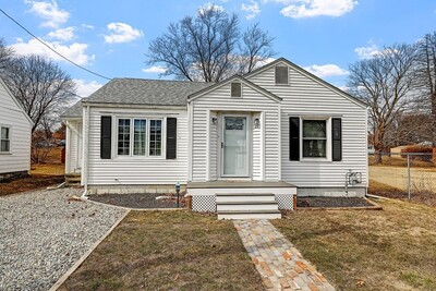 Main Photo: 21 Arkwright Road, Webster, MA 01570