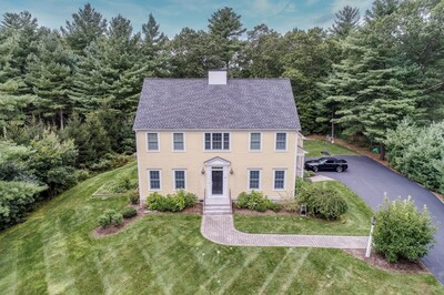 Main Photo: 20 Stonemoor Drive, Easton, MA 02356