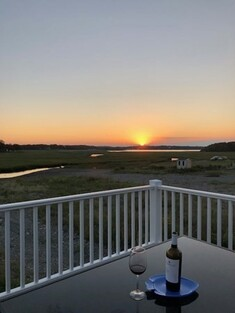 Main Photo: 121 Glades Rd, Scituate, MA 02066